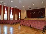 Lendžu kultūras namam ir iegādāti jauni skatītāju krēsli